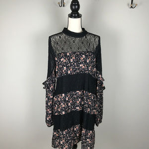 Women's City Triangle Dress Black and Floral XL